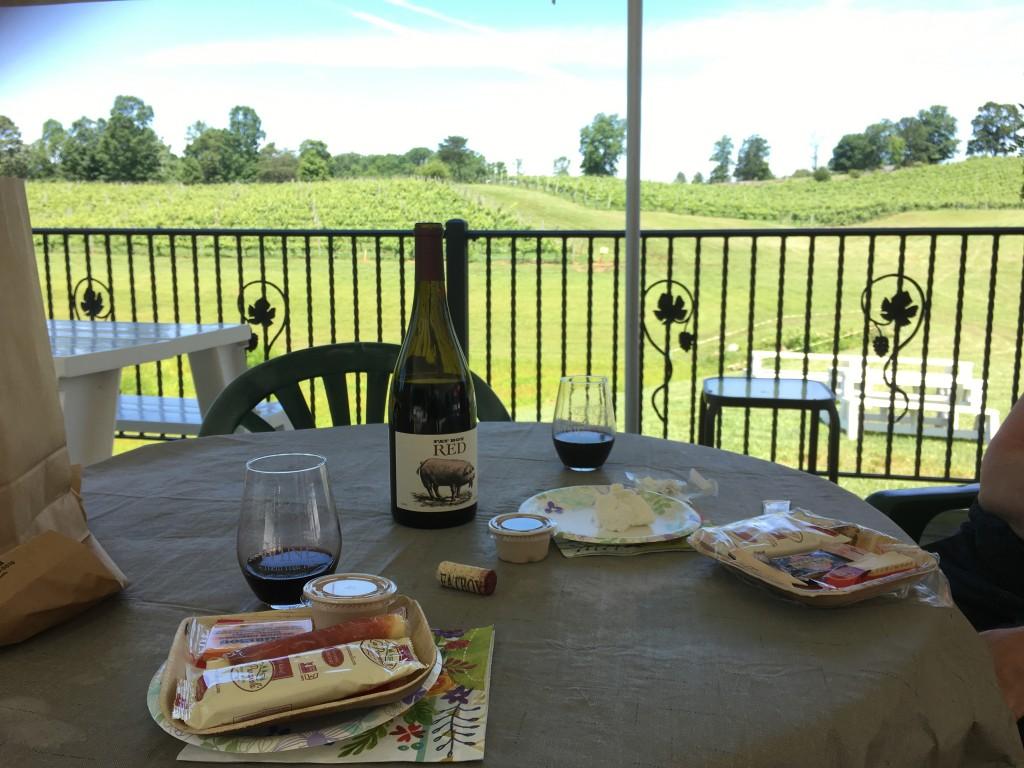 three sisters vineyards, north georgia wine, dahlonega, tasting