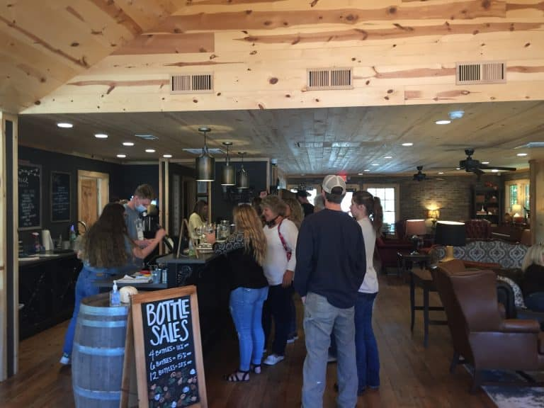 Cavender Creek Vineyards, Dahlonega, Tasting Room