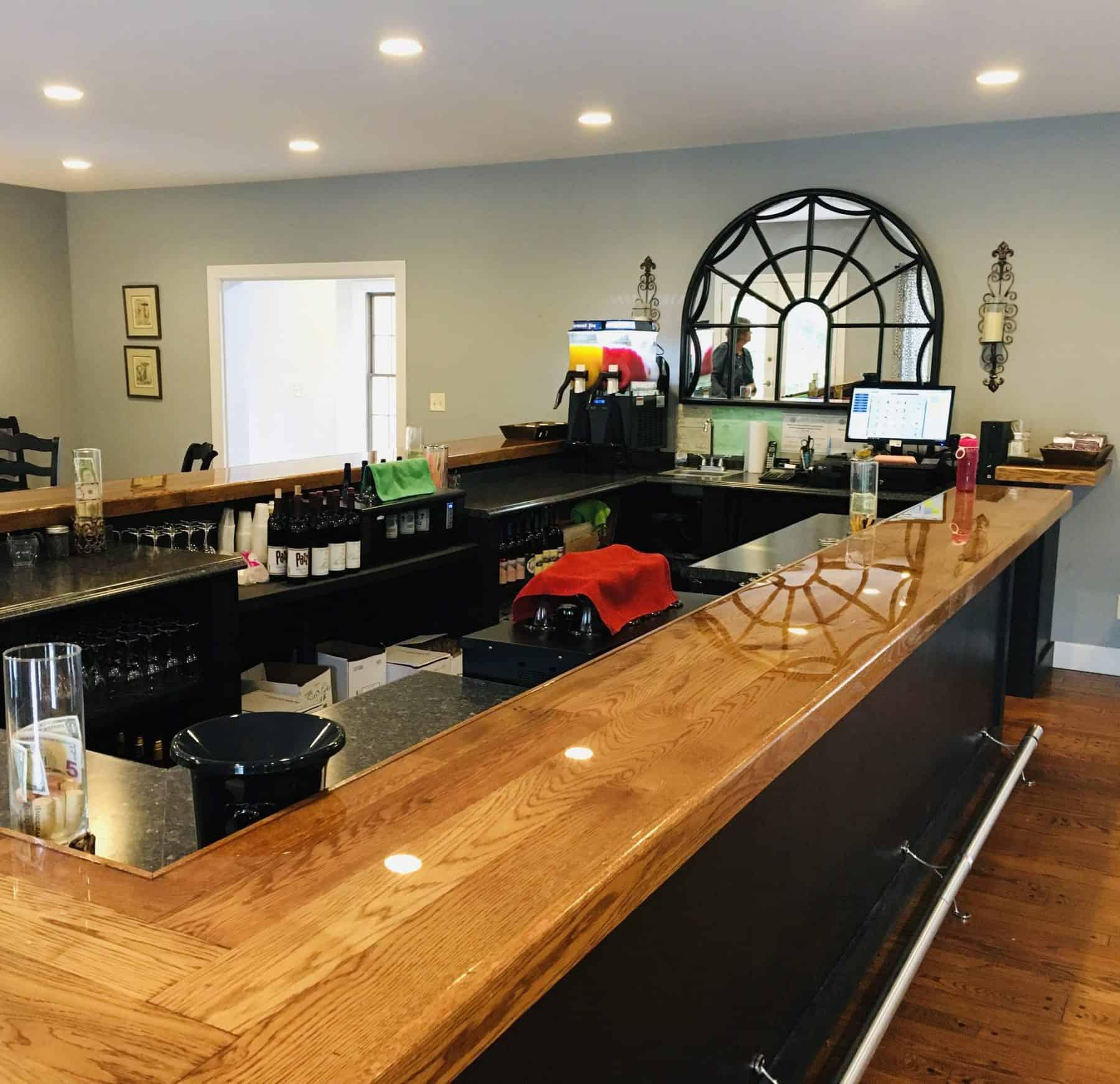 Creekstone Vineyards & Winery, Dahlonega, tasting room